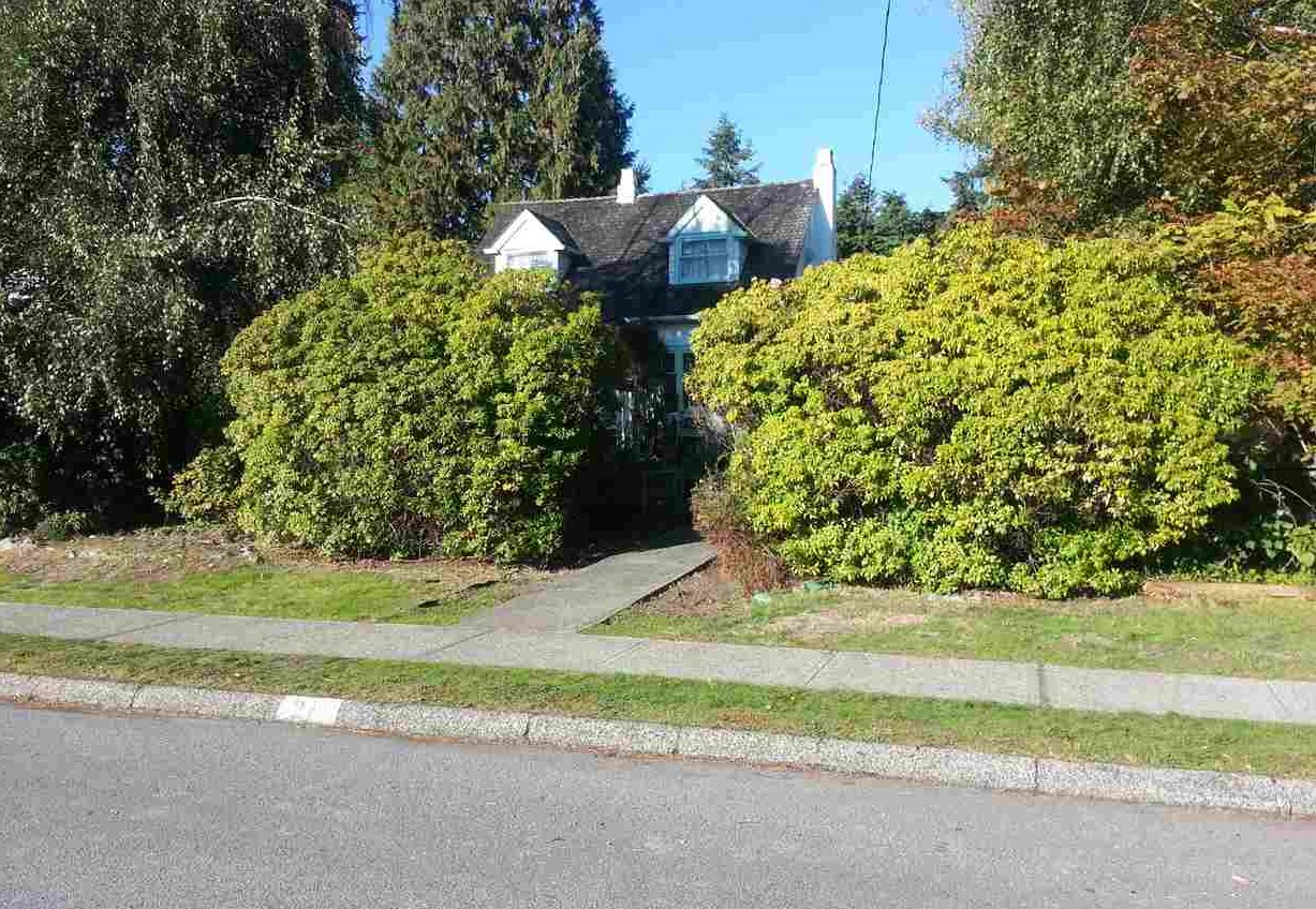 image-262025921-1.jpg at 1200 W Keith Road, Pemberton Heights, North Vancouver